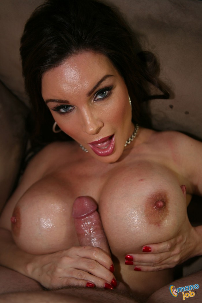 image Diamond foxxx cum to my yard sale